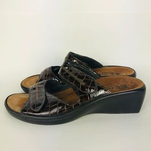 MEPHISTO Mobiles Brown Leather Slide on Sandals
